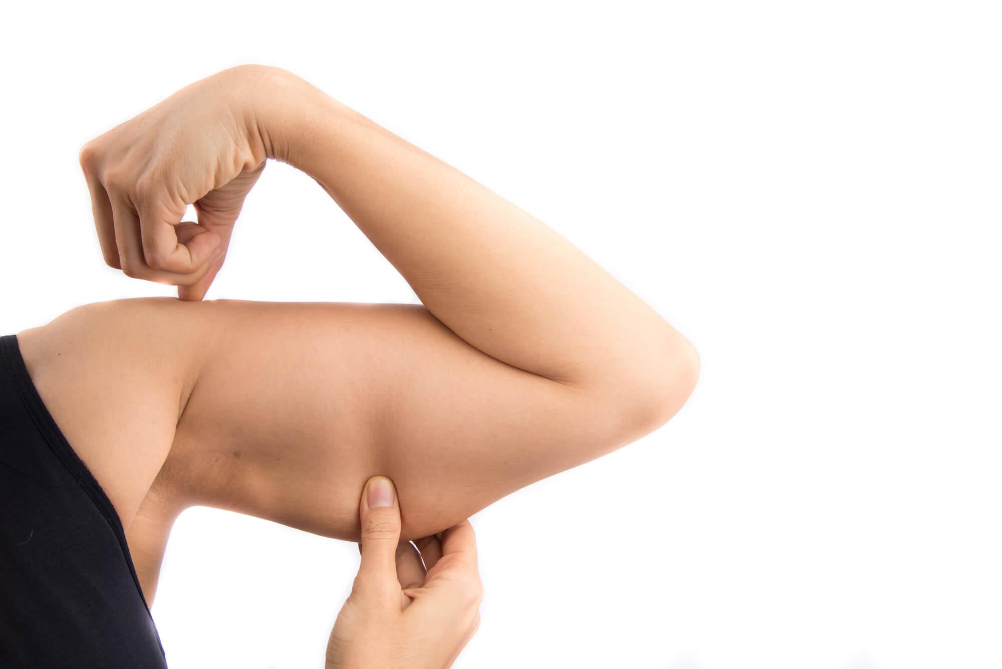Ejercicios-para-eliminar-la-flacidez-de-los-brazos